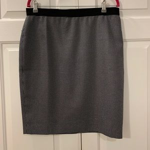 Ann Taylor Navy Checked Pencil Skirt Size 12